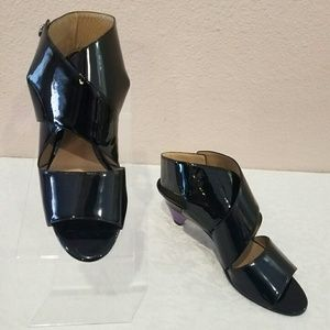 Chloe Black Patent Leather Crisscross Sandals